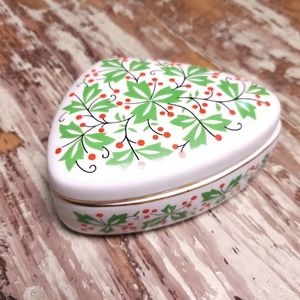 Vintage   Mid Century Ceramic Box